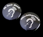Button doof of slechthorend oor set kleine buttons 2 stuks