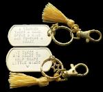 Sleutelhanger dogtag goud voor afscheid leerkracht