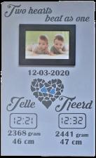 Geboortebord double hearts Twins of twee kinderen 30 x 50 diverse kleuren met fotolijstje