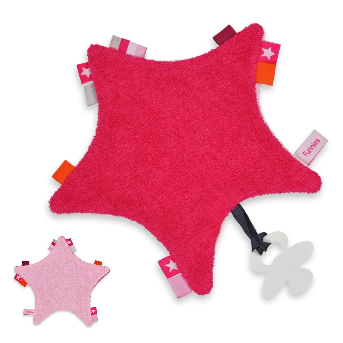 Labeldoekje ster met naam geborduurd roze of blauw