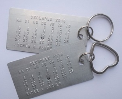 Sleutelhanger set kalender met trouwdatum en tekst model vierkant