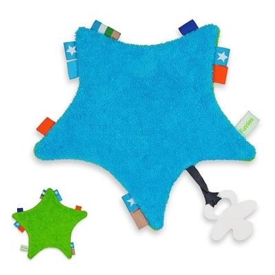 Labeldoekje ster met naam bedrukt roze of blauw inclusief bijtring