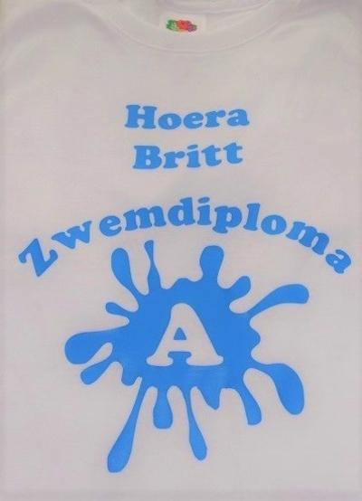 T-shirt zwemdiploma en naam bedrukt
