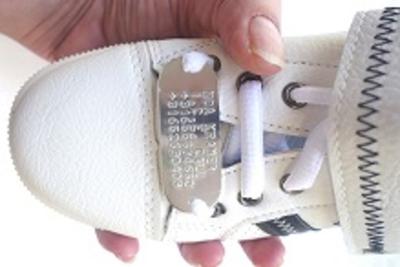 Shoe tag hardlopers of kinderen zilver gratis veters